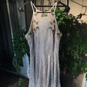 Pretty Floral Embroidered Lace Summer Dress